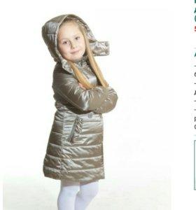 Пальто д/девочки новое!