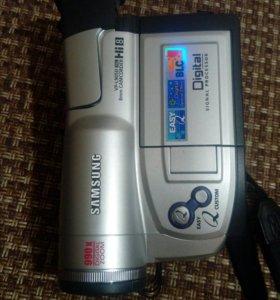 Видео камера SAMSUNG VP - L 905D