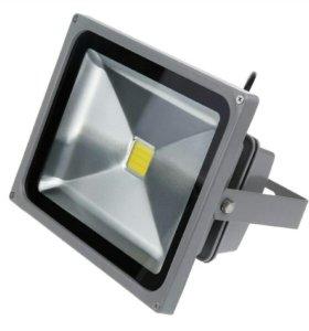 светодиодный прожектор 30Вт RGB