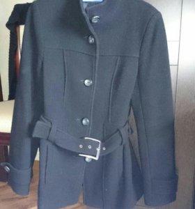 Пальто шерстяное демисизонное