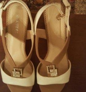 Туфли-Босоножки кожанные