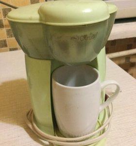 Кофеварка с кружечкой