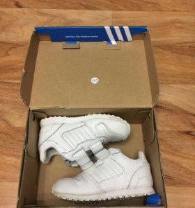 Кроссовки Adidas р.22