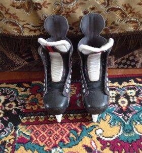 Хоккейные коньки Bauer Vapor x60