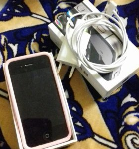 Телефон Айфон 4s
