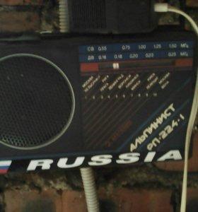"""Радиоприёмник""""Альпинист"""""""