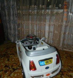 Машинка на аккумуляторе