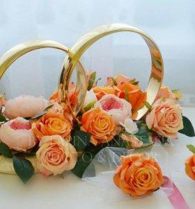 Свадебные украшения кольца на машину АРЕНДА