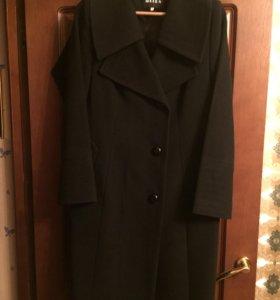 Пальто женское демисезонное р.54