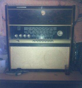 Радиола сетевая ламповая Рапсодия