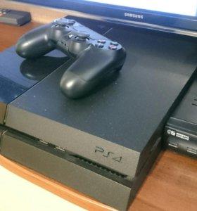 Игровая консоль PlayStation 4 +2 игры