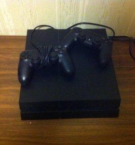Консоль PS4