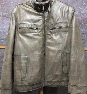 Кожаная куртка на натуральном меху. Новая
