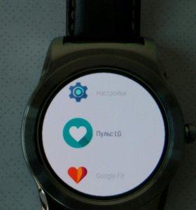 Умные часы LG G Watch Urban W150