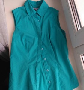 Голубая рубашка без рукавов