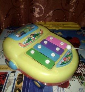 Ксилофон-машинка, каталка