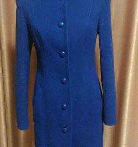 Пальто 70 % шерсть + даром шарф сумка платье
