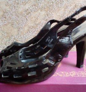 Туфли босоножки р.38