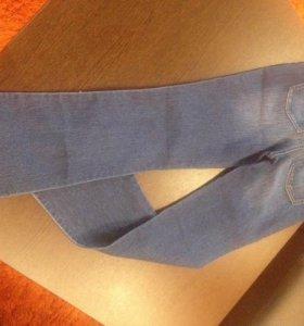 Новые джинсы 24размер(14лет)
