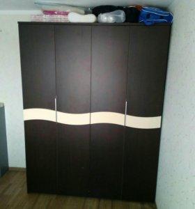 Шкаф гардеробный