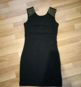 Черное платье insity