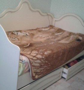 Кровать с матрасом(ортопедическим)