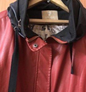 Женская кожаная куртка-ветровка. Размер М