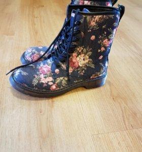 Ботинки.Красивый принт