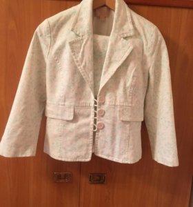 Костюм пиджак/юбка 42-44размер новый