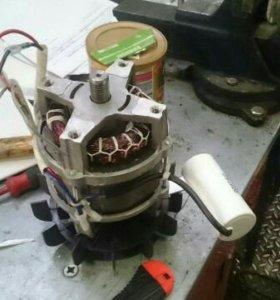 Двигатель для бетоносмесителей.