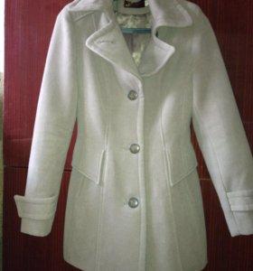 Пальто весна -осень