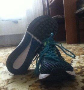 Кроссовки Nike flyknit max