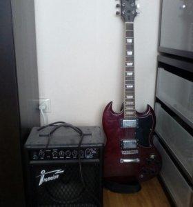 Гитара и комбик.