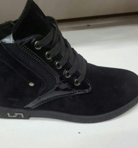 Ботинки женские осеннии(новые)