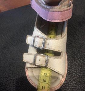 Happy Steps orthopedic босоножки