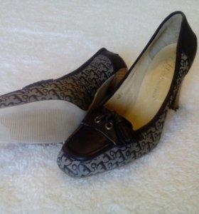 "Новые кожаные туфли ""Monarch"" Канада 👠"