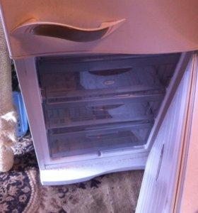 Стиралка и холодильник