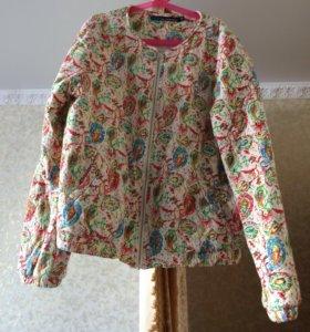 Продам летнюю куртку в отличном состоянии