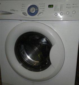 Продаётся стиральная машина