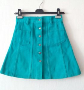Джинсовая юбка цвета ультрамарин