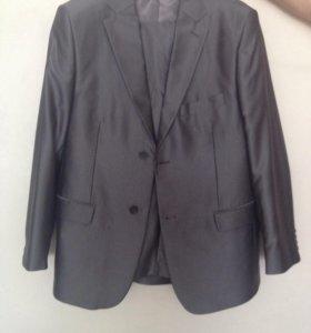 Костюм(пиджак, брюки)