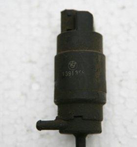 Моторчик омывателя (насос) бмв е36