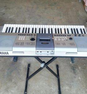 Yamaha psr-e413.
