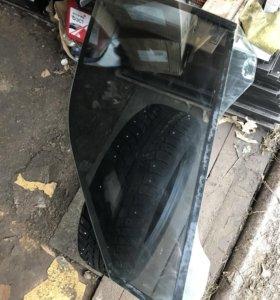 Стекло BMW E38 переднее левое