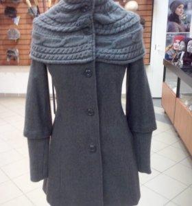 Пальто женское,р-р-42,демисезонное,в отличном сост