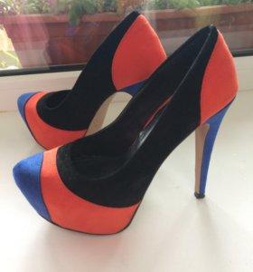 Туфли замшевые эффектные!
