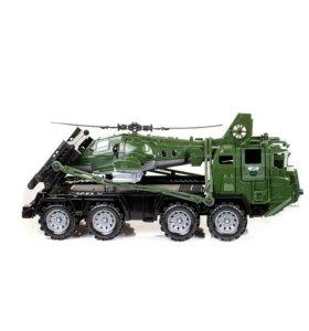 """256 Военный тягач """"Щит"""" с вертолетом."""