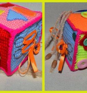 Детский развивающий кубик.