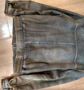 Кожанная куртка,размер XL