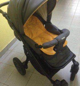 Продам коляску 2 в 1 после одного ребенка